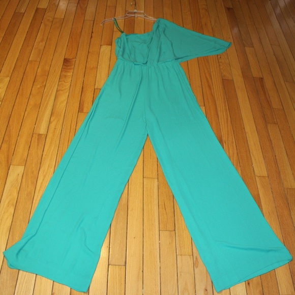 BCBGMaxAzria Pants - BCBG Maxazria Green One Shoulder Jumpsuit Size 6